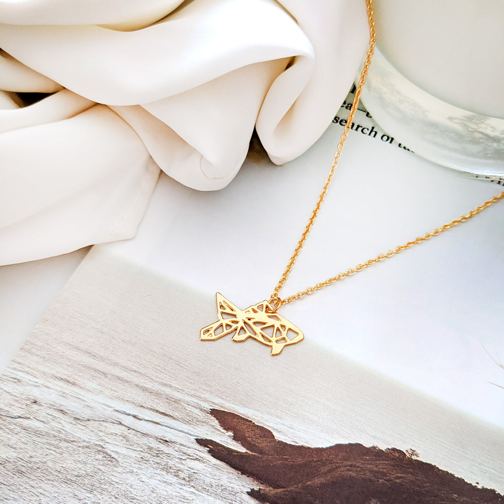Geometric Fish Necklaces Gold / Silver