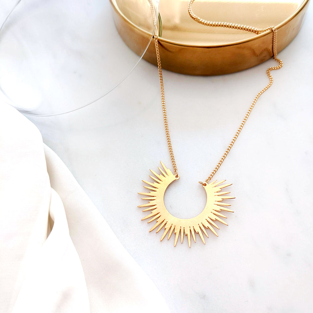 Sun Necklaces Gold / Silver