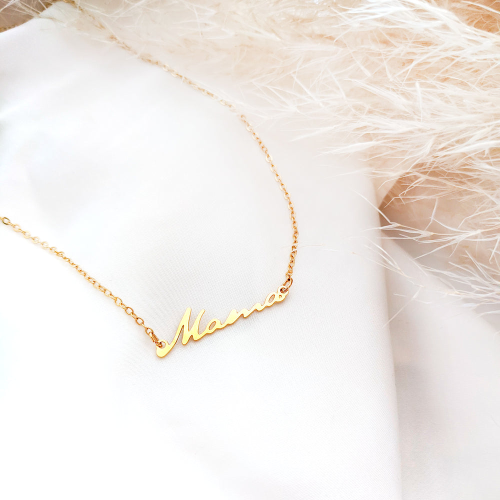 Mama Necklace Gold / Silver