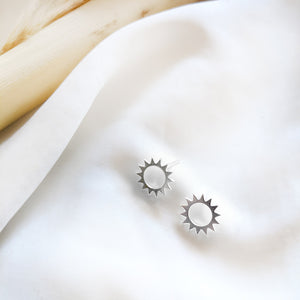 Sun Studs Earrings Gold / Silver