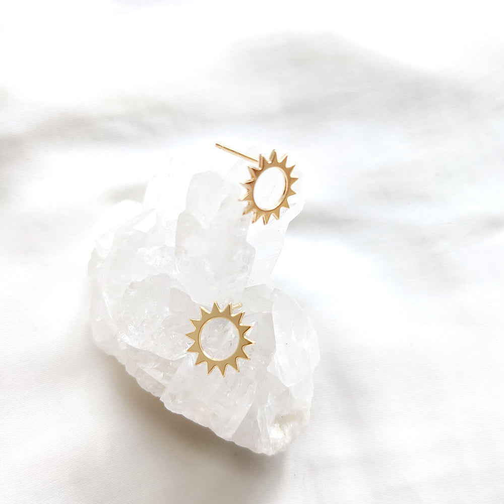 Load image into Gallery viewer, Sun Studs Earrings Gold / Silver