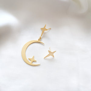 star and Big moon earring gold