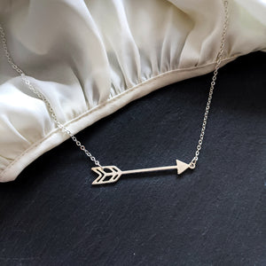 Load image into Gallery viewer, Arrow Boho Necklace Gold / Silver