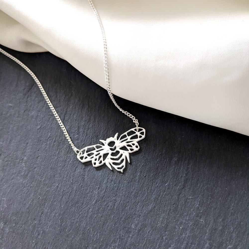 Bee Insect Necklace Gold / Silver