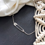 Safety Pin Necklace Gold / Silver