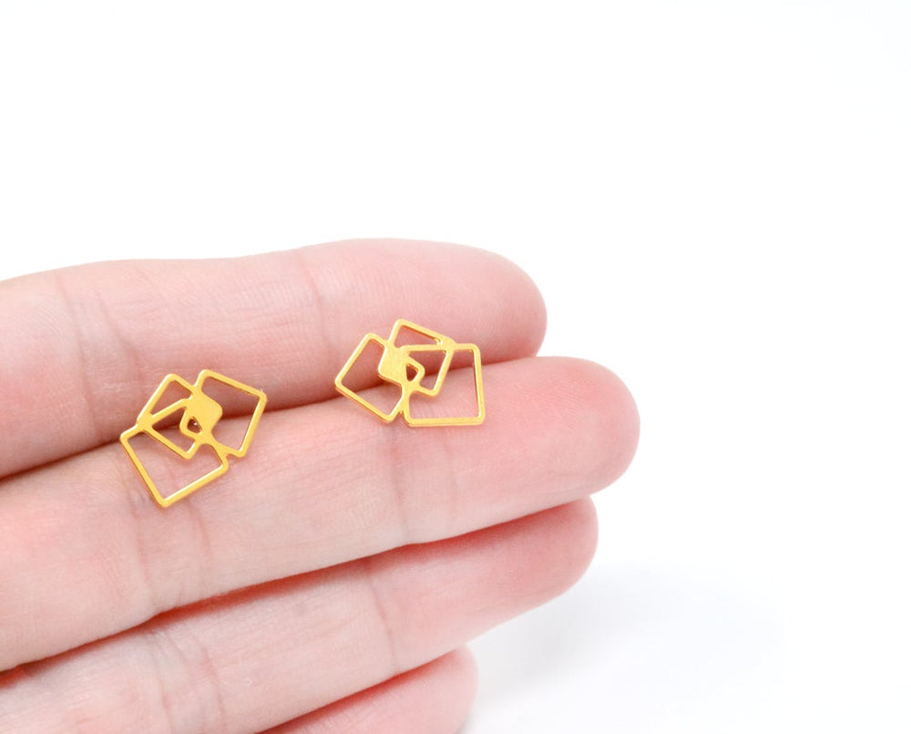 Square Post Stud Earrings Gold / Silver