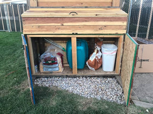 free chicken coop plans - storage for food, trash and shavings.