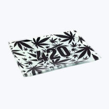 Load image into Gallery viewer, V-syndicate- 420 B&w Glass Rollin' Tray