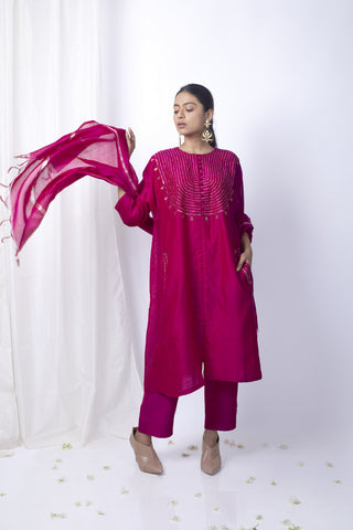 Ranee Pink Embroidered Kurta Set