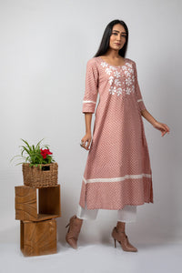 pink block printed kurta with white applique