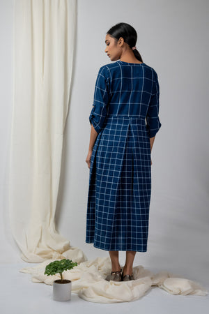 Indigo big and small checks pleated dress