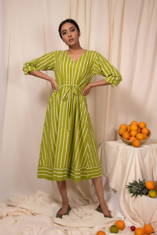 Stringlime Draw-waist Dress