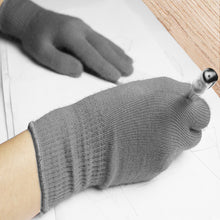 Load image into Gallery viewer, EvridWear Men Women Merino Wool String Knit Liner Warm Gloves 4 Sizes (Gray)