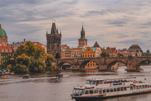 Prague, the city of a hundred spiers