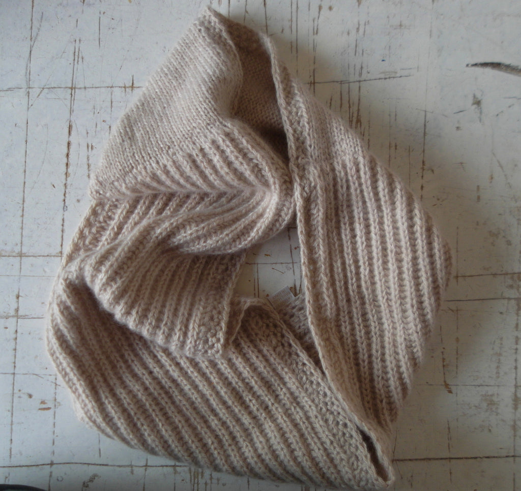 SUSTAINABLE CASHMERE® INFINITY SCARF - CUSTOM KNIT