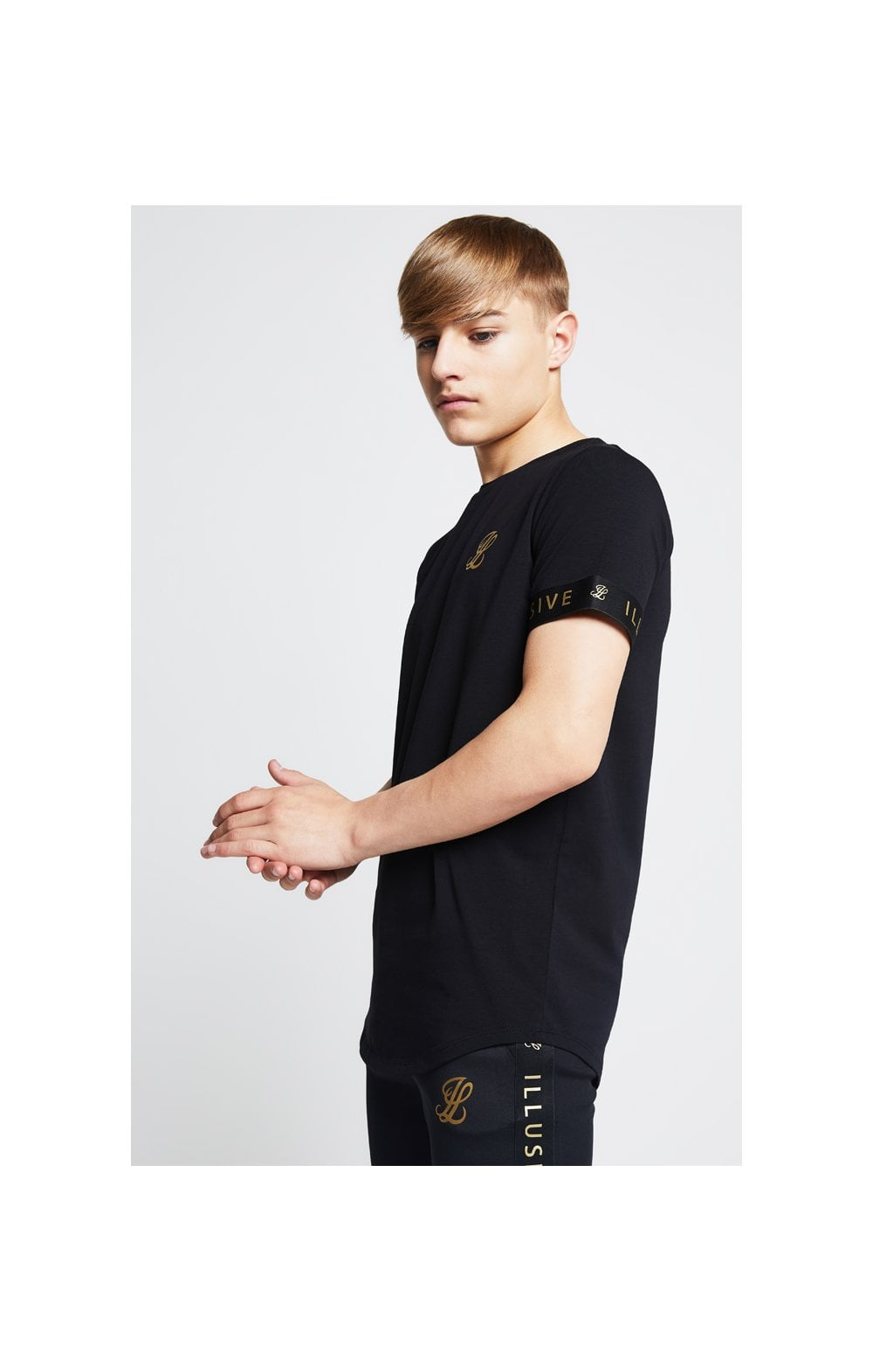 Charger l'image dans la galerie, Illusive London Tech Tee - Black (2)