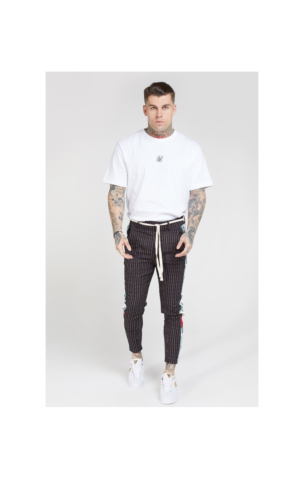 Charger l'image dans la galerie, SikSilk Pleated Drop Crotch Tape Pants – Navy Pin Stripe (2)