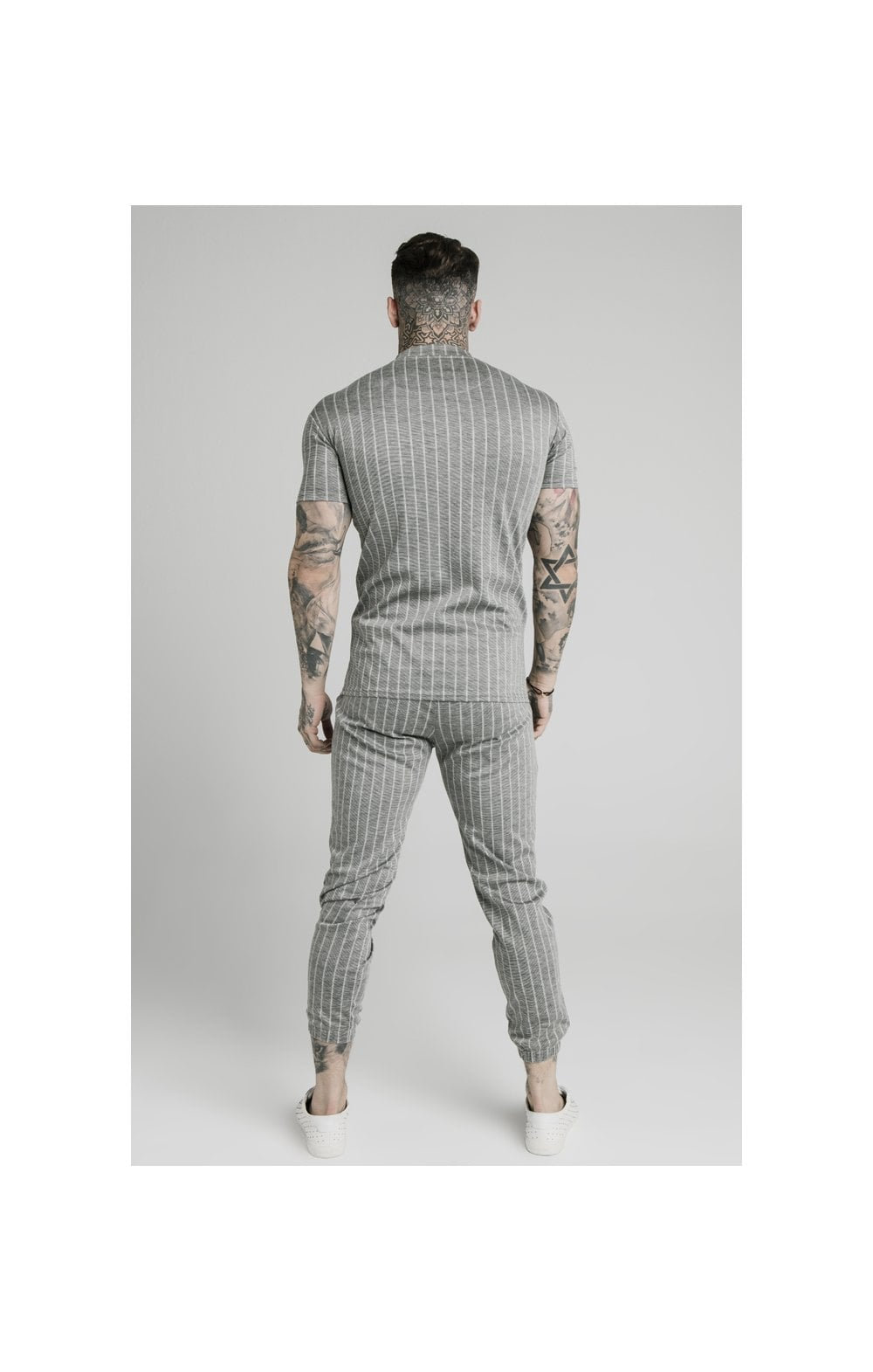 Charger l'image dans la galerie, SikSilk High Collar Zip Polo - Grey Pin Stripe (5)