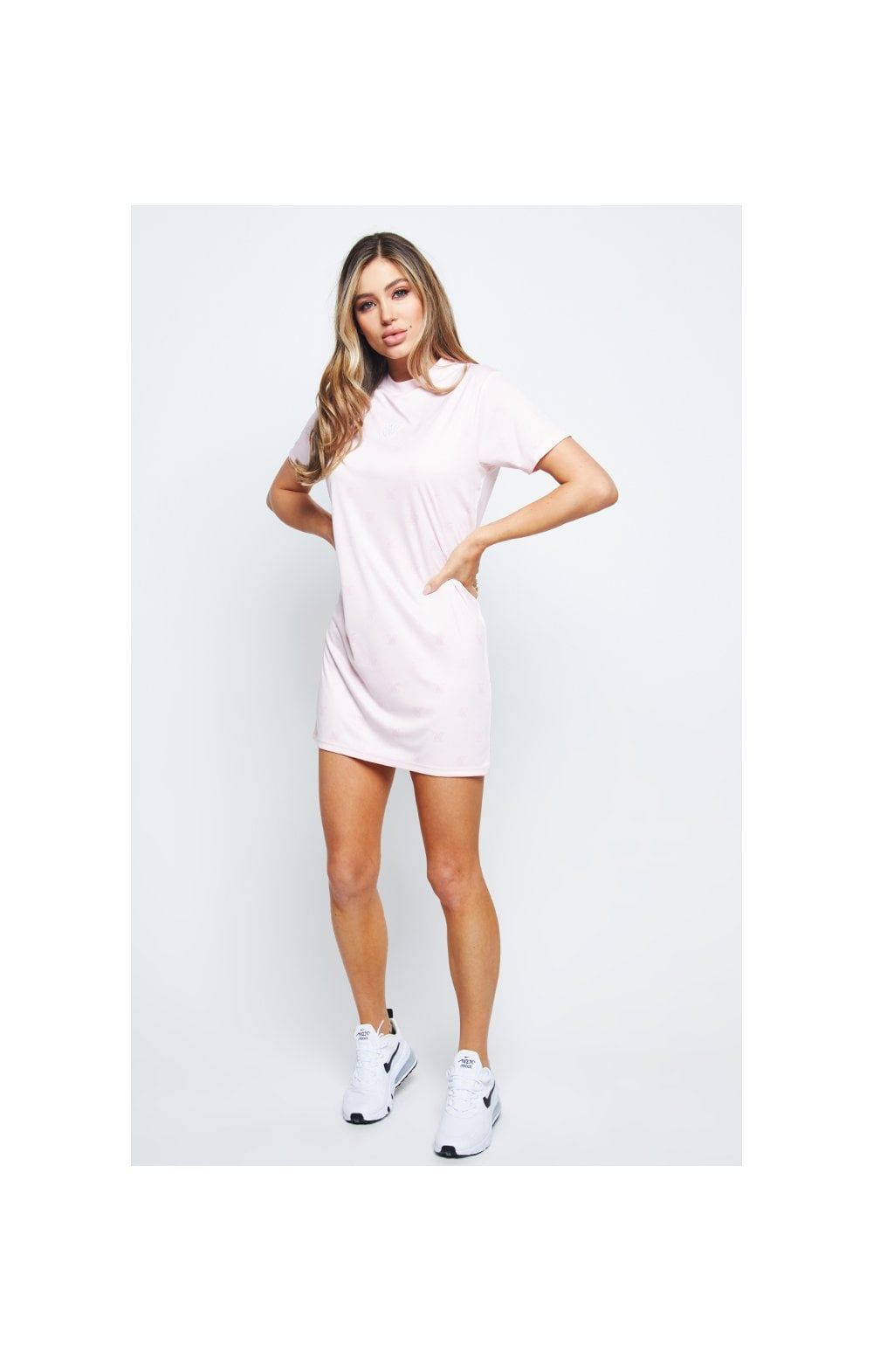 Charger l'image dans la galerie, SikSilk Monogram Printed T-Shirt Dress - Pink (5)