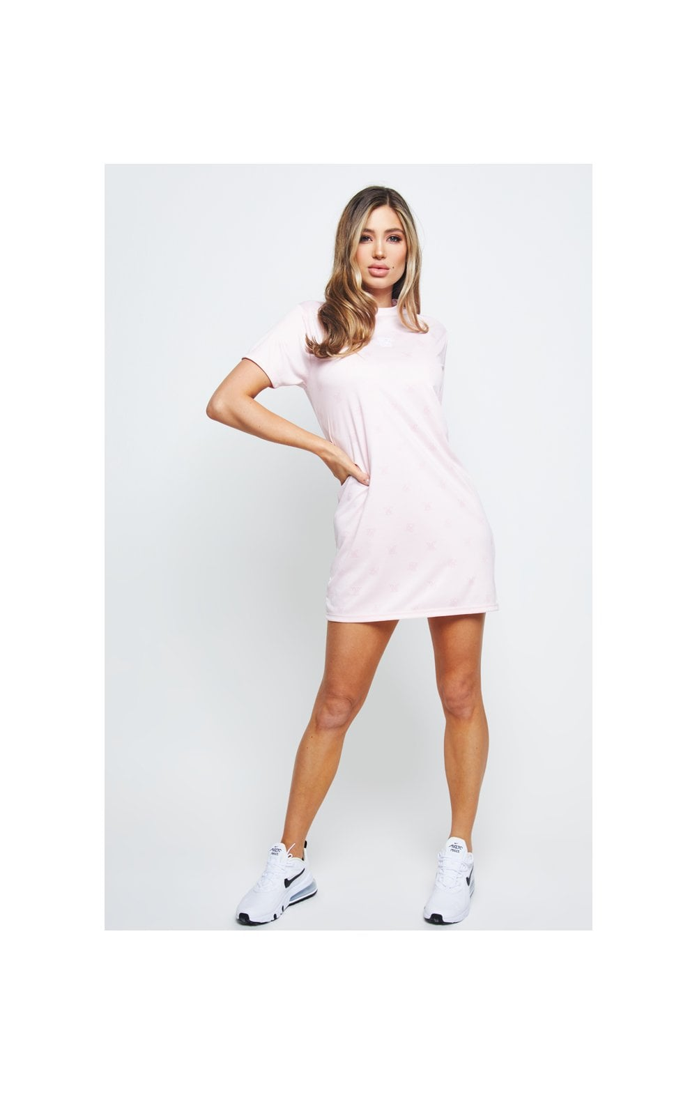 Charger l'image dans la galerie, SikSilk Monogram Printed T-Shirt Dress - Pink (6)