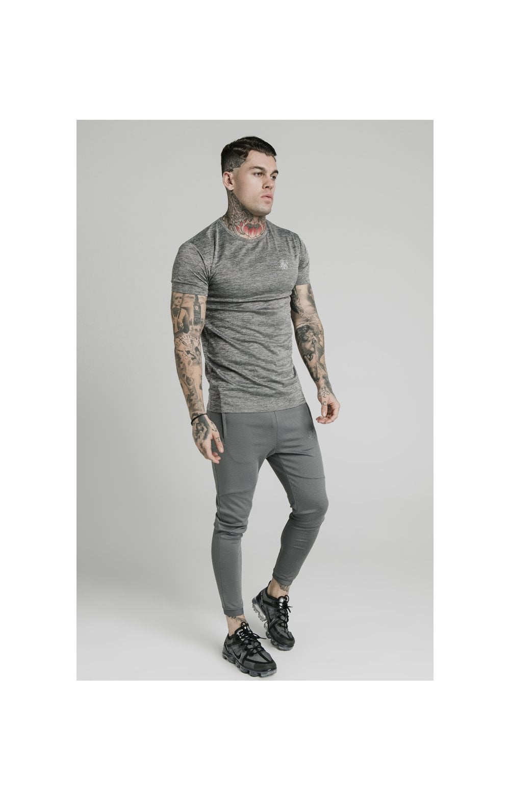 Charger l'image dans la galerie, SikSilk Active Straight Hem Gym Tee - Grey Marl (3)