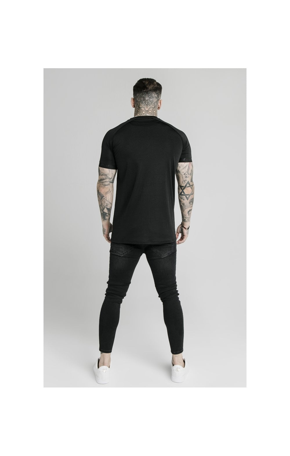 SikSilk Stretch Sports Tee - Black (3)