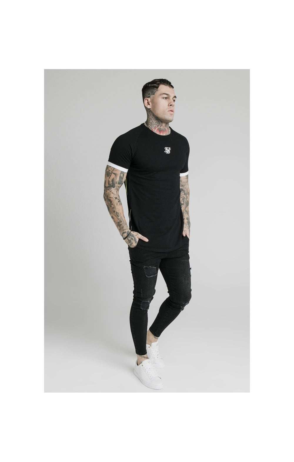 Charger l'image dans la galerie, SikSilk S/S Fade Piping Tech Tee - Black & Fluro (2)
