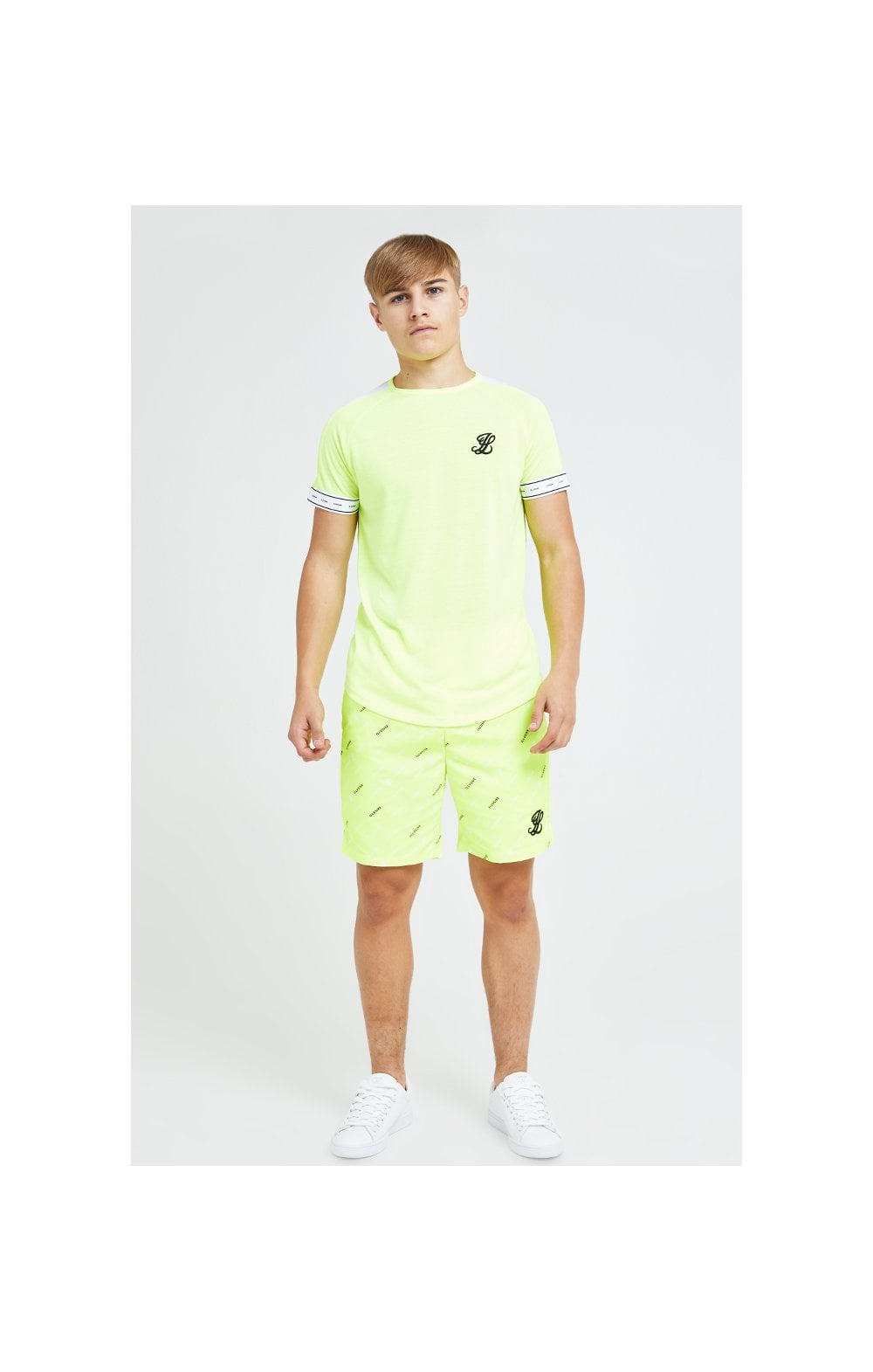 Charger l'image dans la galerie, Illusive London Fade Panel Tech Tee - Neon Yellow (4)