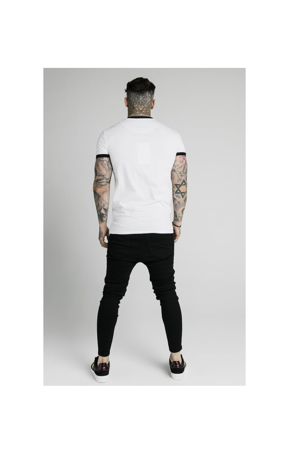 Charger l'image dans la galerie, SikSilk S/S Straight Hem Gym Tee - White (5)