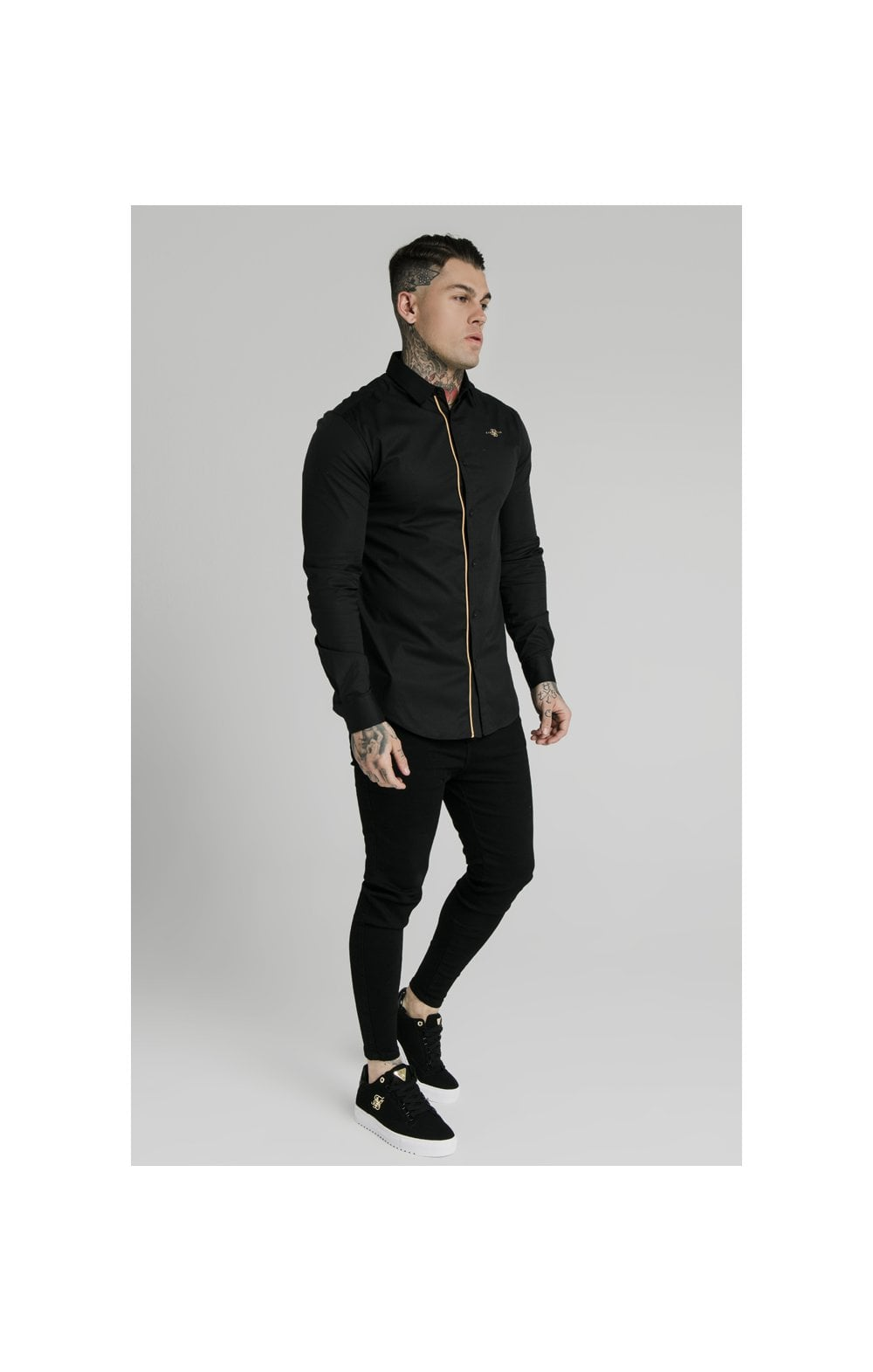 Charger l'image dans la galerie, SikSilk L/S Fade Piping Shirt - Black & Gold (2)