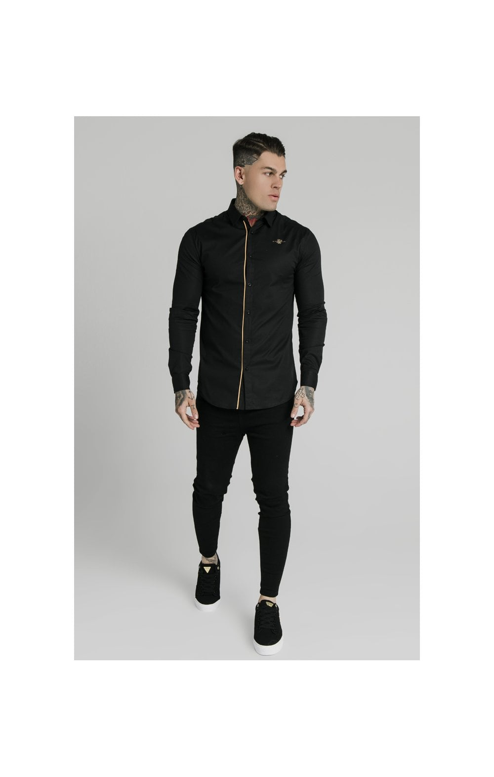 Charger l'image dans la galerie, SikSilk L/S Fade Piping Shirt - Black & Gold (4)