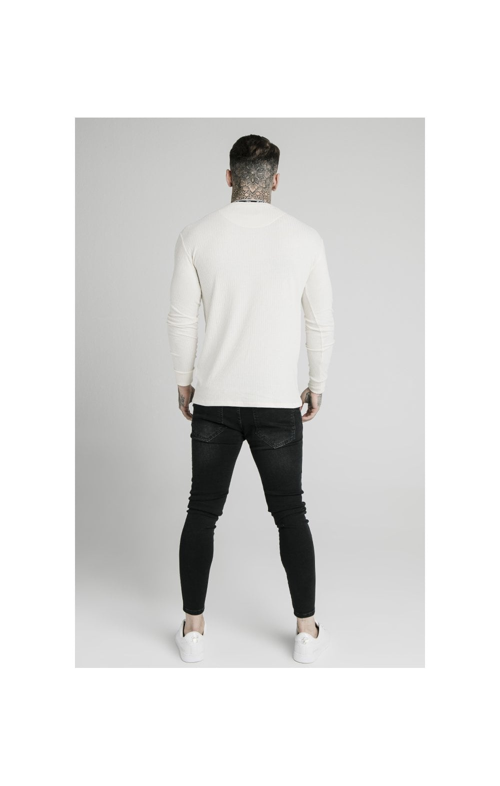 Charger l'image dans la galerie, SikSilk L/S Rib Knit Tee - Off White (5)