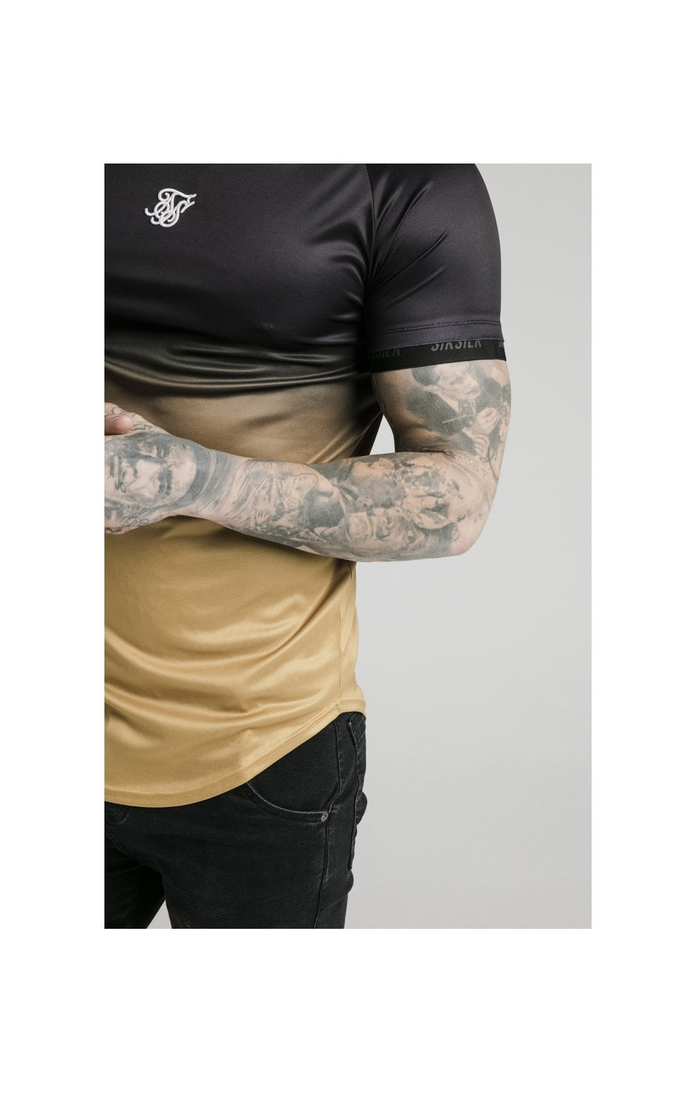 SikSilk S/S  Fade Tech Tee - Black & Gold (1)