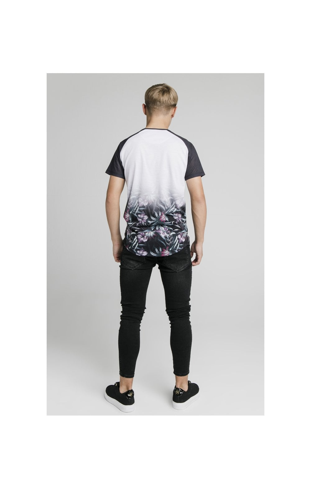 Illusive London Tropical Fade Tee - Navy & White (5)
