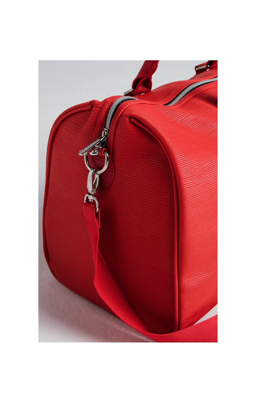 SikSilk Elite Holdall – Red (1)