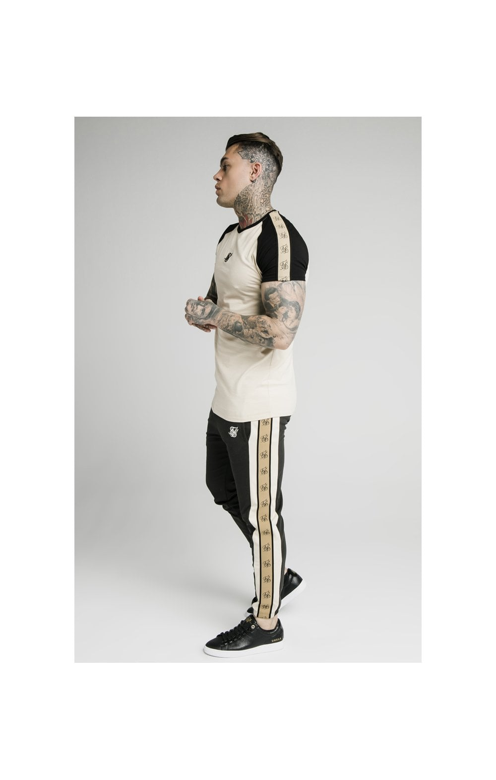 SikSilk Raglan Premium Tape Gym Tee - Ecru & Black (2)