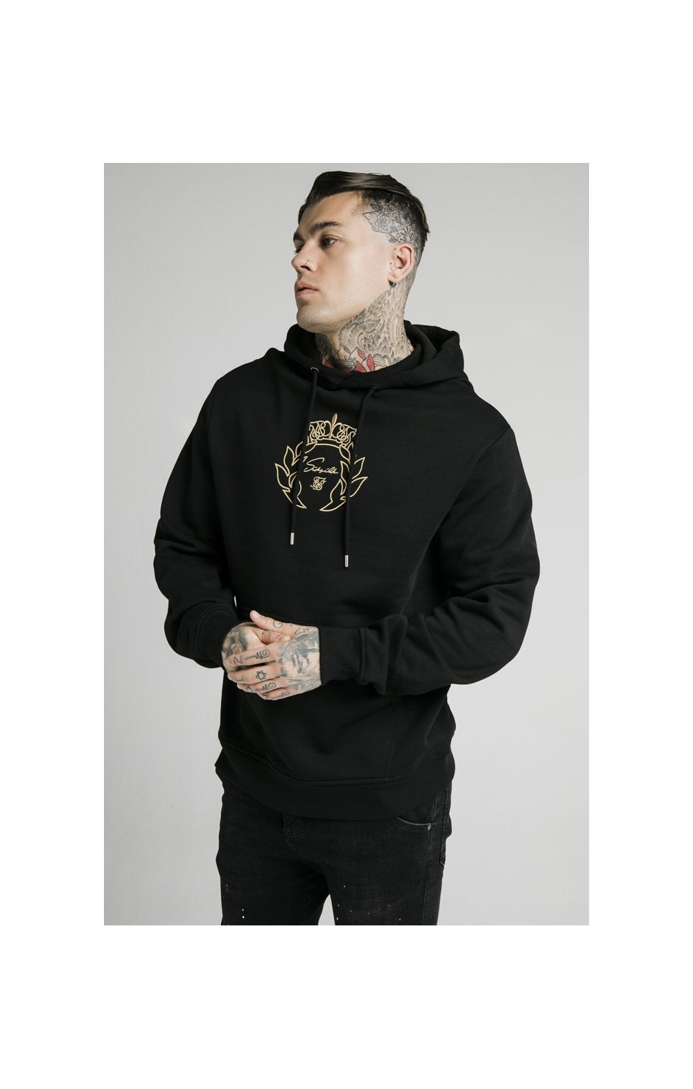 Charger l'image dans la galerie, SikSilk Overhead Tape Hoodie - Black & Gold (1)