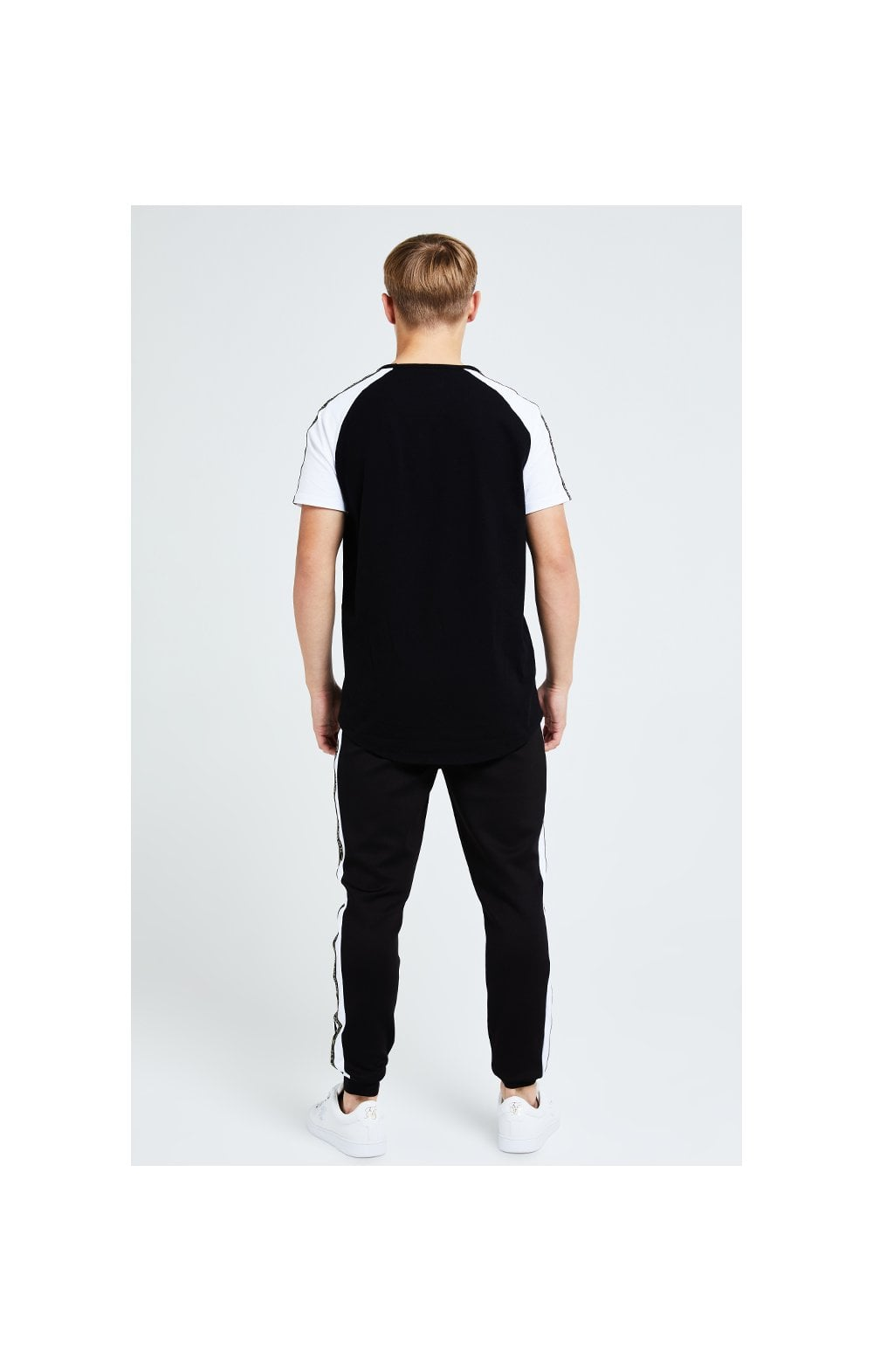 Illusive London Diverge Jogger - Black Gold & White (5)