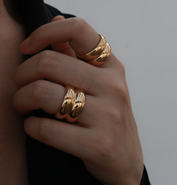 Double thick band ring in gold
