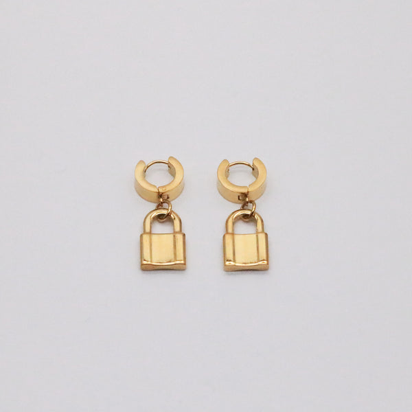 Meideya Jewelry - 18K gold celine lock earrings