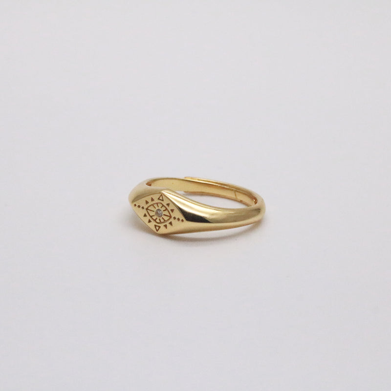 Evil eye signet ring in 18k gold vermeil
