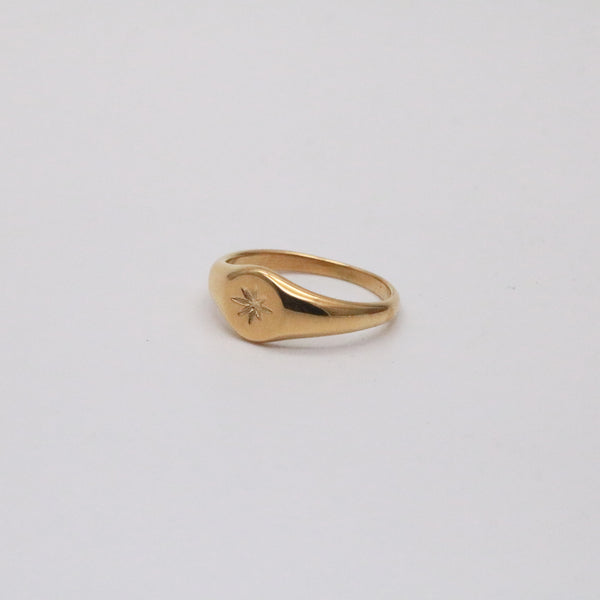 18k gold star signet ring