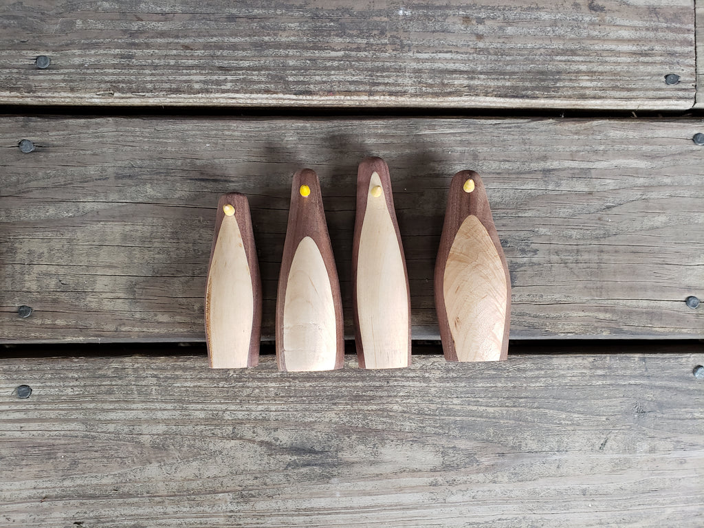JOHN WOODWORKING PENGUINS