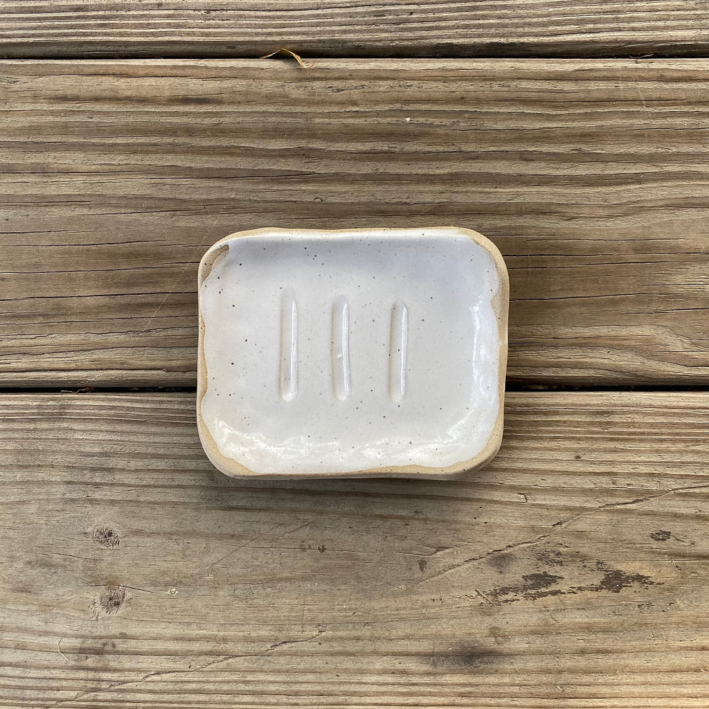 POTTERY SOAP DISH