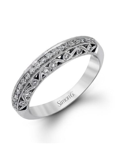 18K white gold band comprised of 0.28ctw round white diamonds