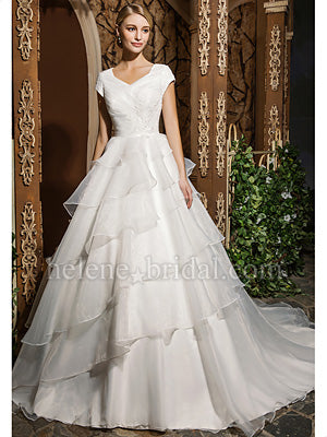 Modest Tiered Short Sleeve A-Line Zipper With Fake Buttons Bridal Gown
