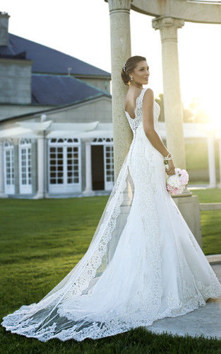 New white ivory lace bridal gown