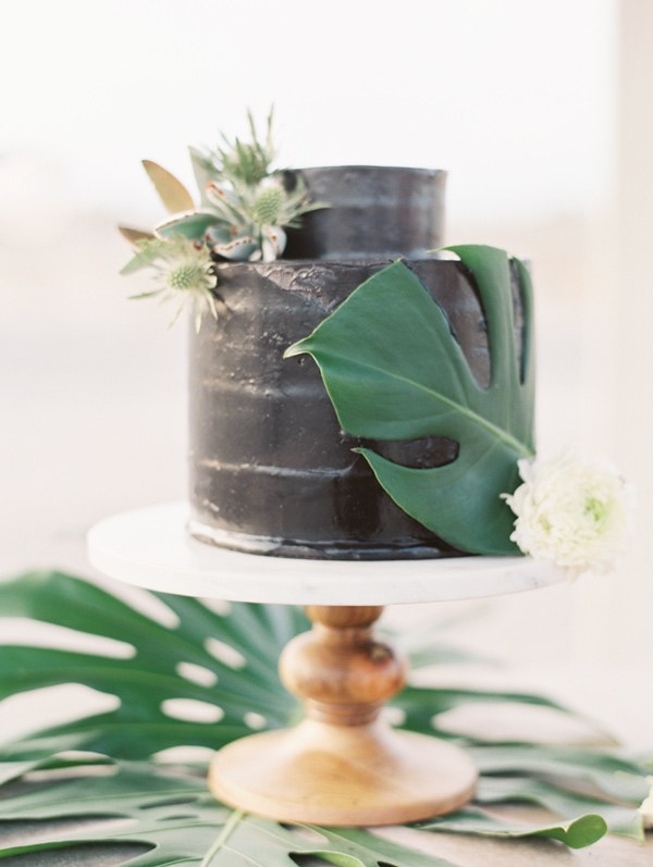 Photo by D'arcy Benicosa; Cake by Pippa Cakery