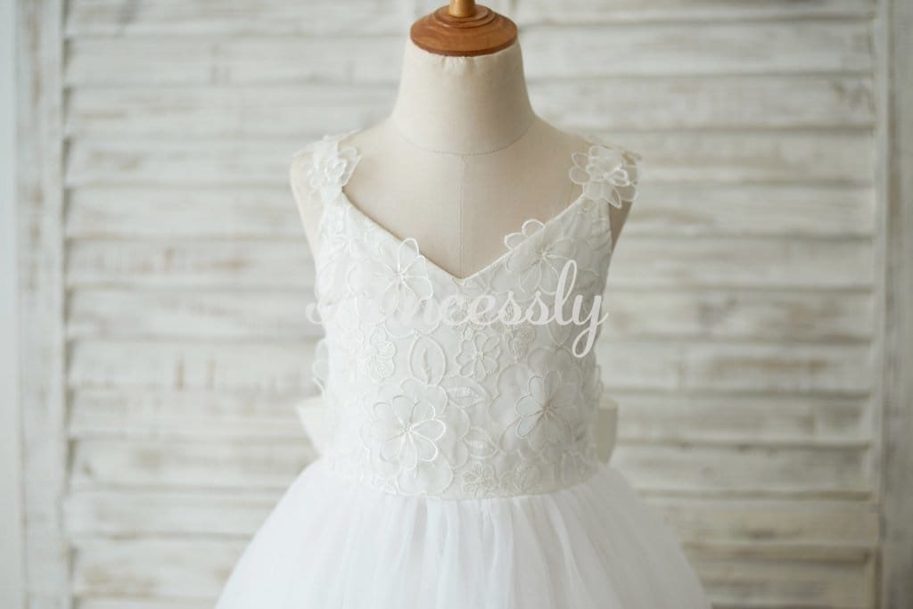 Ankle Length Ivory Lace Tulle 3D Flowers Wedding Flower Girl