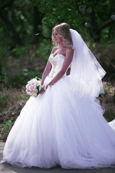 Ball Gown Ivory Tulle Strapless Wedding Party Dress